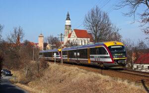 Foto: Die Städtebahn Sachsen GmbH ist im SPNV das einzig inhabergeführte, mittelständische Unternehmen und bedient Strecken von Dresden nach Königbrück, Kamenz oder Bad Schandau außerdem geht's im Wintersport-Express bis nach Altenberg