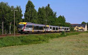 Foto: Die Städtebahn Sachsen GmbH ist im SPNV das einzig inhabergeführte, mittelständische Unternehmen und bedient Strecken von Dresden nach Königbrück, Kamenz oder Bad Schandau außerdem geht's im Wintersport-Express bis nach Altenberg.