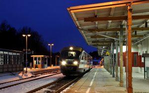 Siemens Desiro Dieseltriebwagen der Baureihe 642 der Städtebahn Sachsen am BHF Pirna