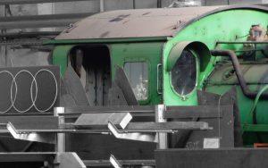 Mix aus Einzelteilen einer Lokomotive