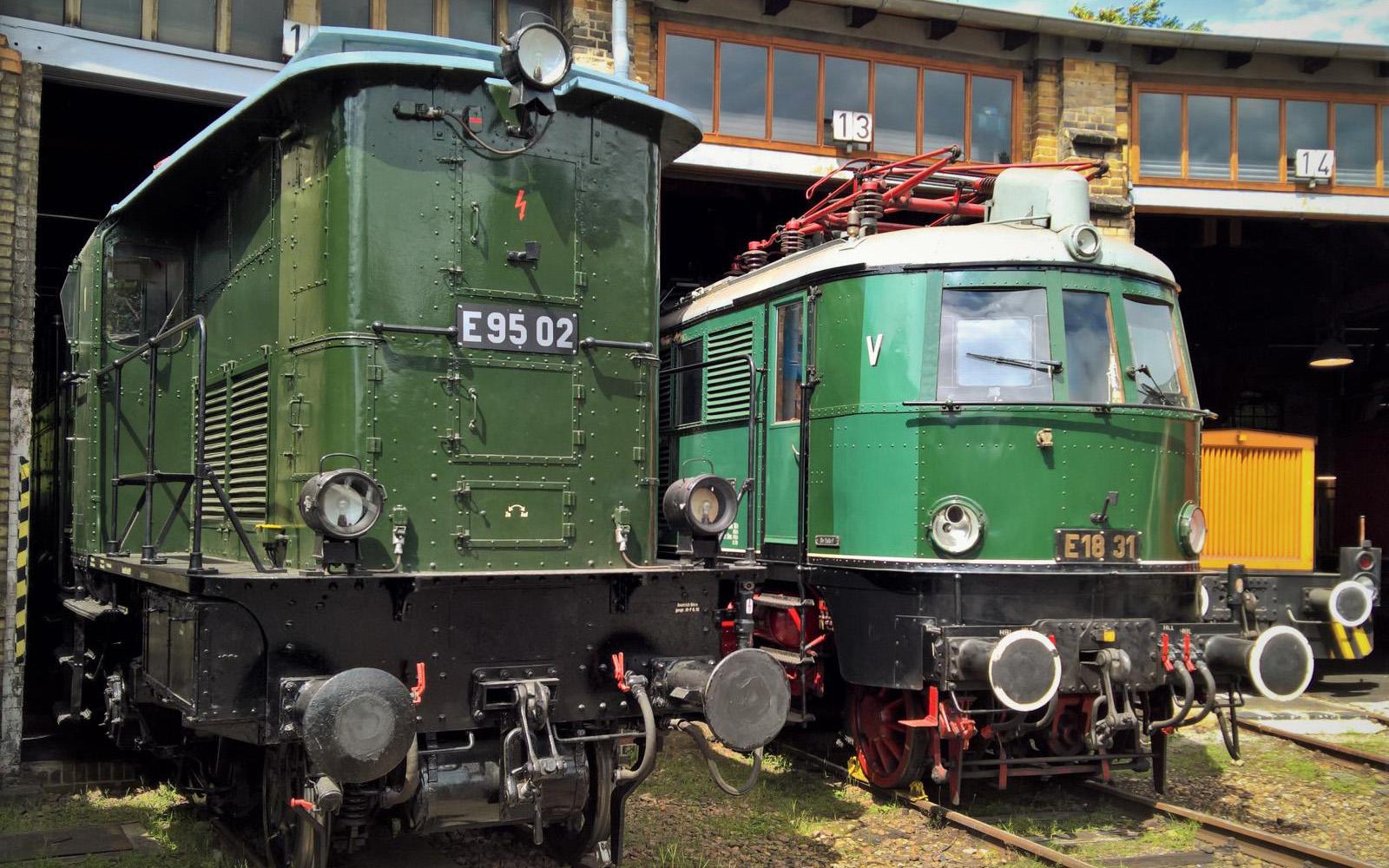 ©Foto: Christian Wodzinski | railmen | Güterzuglokomotive E95 02 im DB Museum Halle | BJ 1927