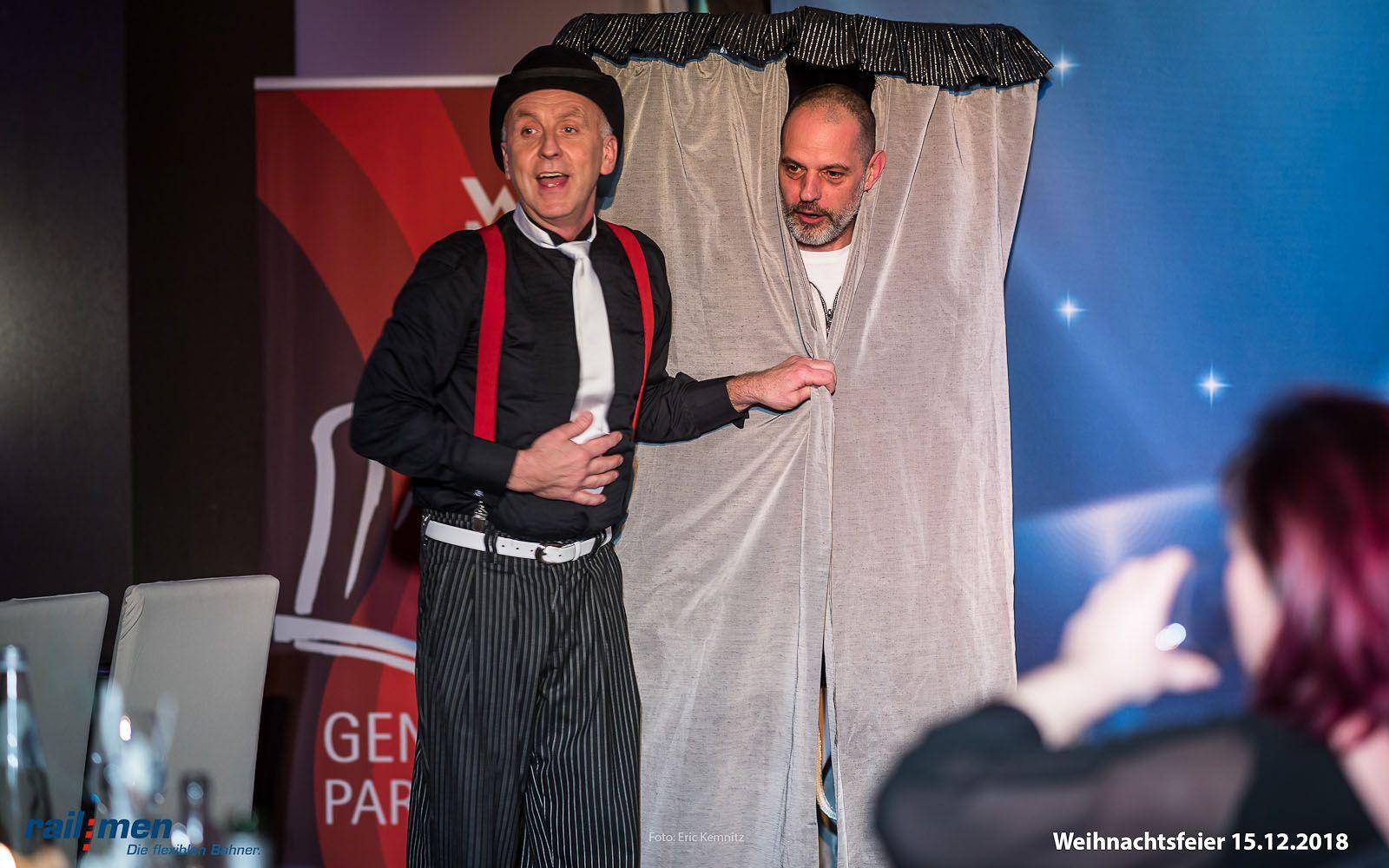 Railmen Mitarbeiter als Zauberlehrling zur Weihnachtsfeier 2018