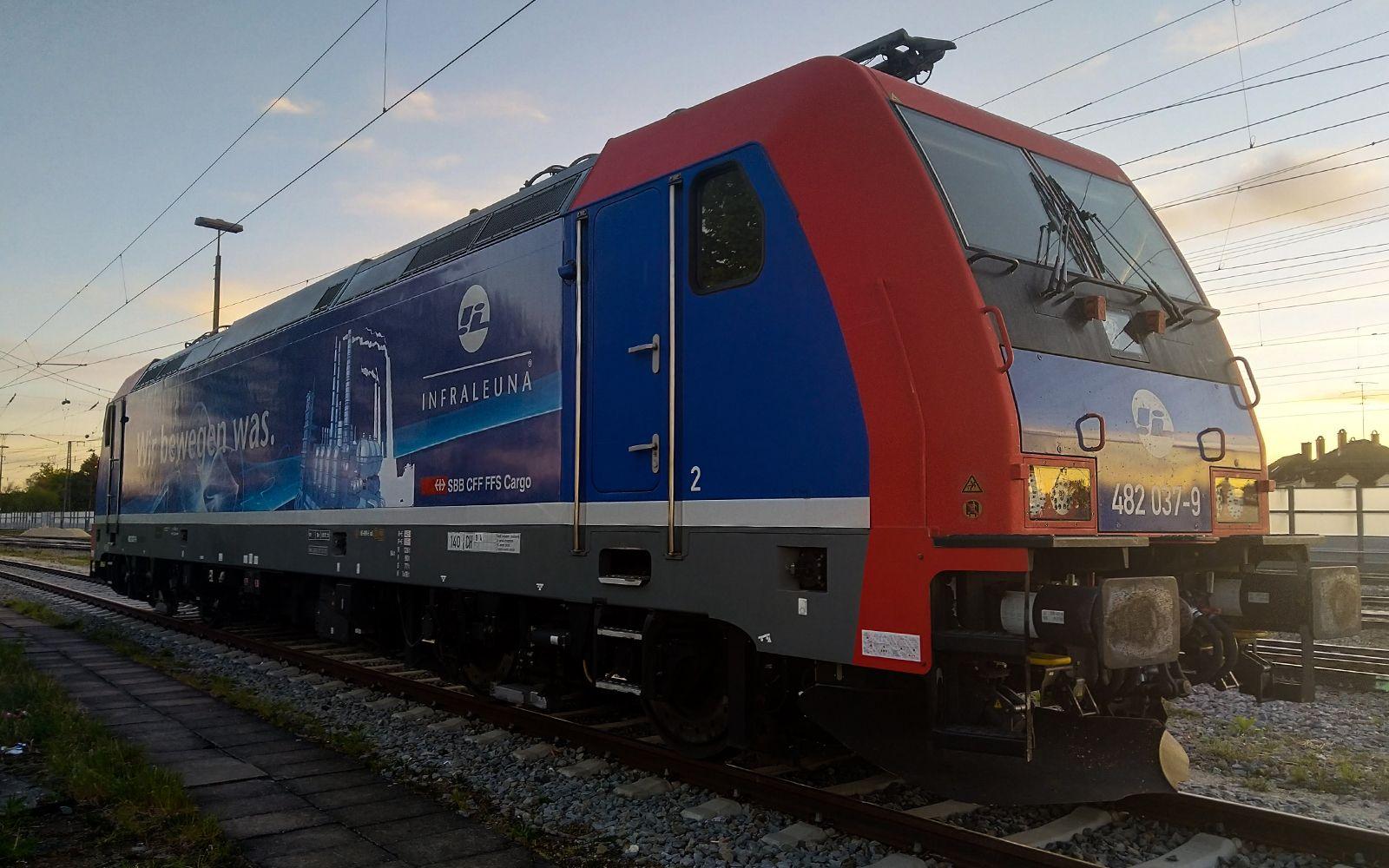 ©Foto: Denis Herwig | railmen | Lokführer im Dienst für InfraLeuna | Abstellung bei Augsburg