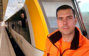 Quereinsteiger Daniel Hennig machte bei railmen eine Umschulung zum Lokführer und schaut jetzt aus dem Cockpit eines Lint 54 der SWEG.