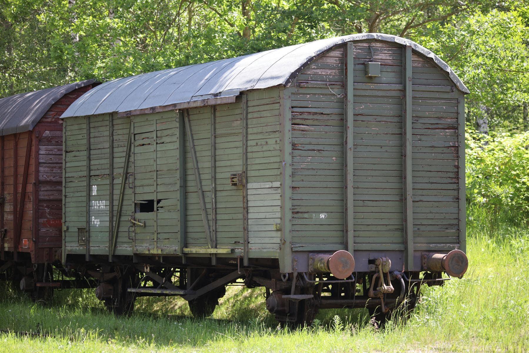 ©Foto: Christian Wodzinski | railmen | Vermutlich ein Begleiterwagen der Deutschen Reichsbahn, der auf seinen Rückbau in den Originalzustand wartet