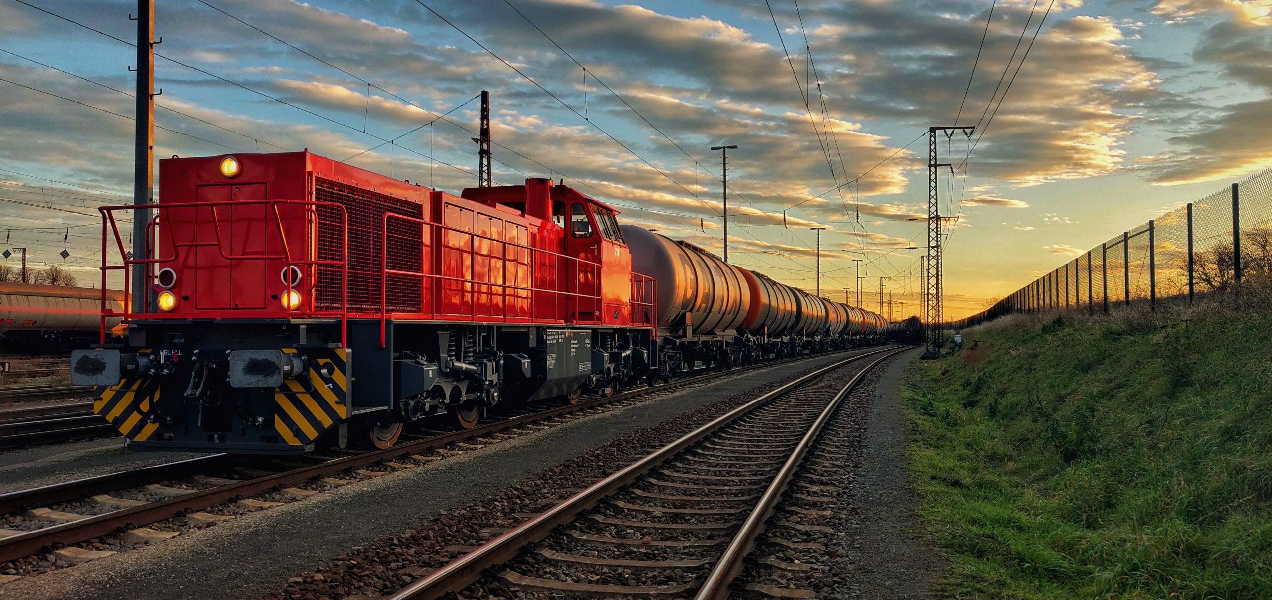 ©Foto: Christian Wörpel | railmen | In Großkorbetha beim Zugdienst / Übergabeverkehr für die Leunawerke. Die Züge kommen in Großkorbetha mit dem EVU an, wo die Zuglok, in diesem Fall die 214 übernimmt und die Züge ins Werk nach Leuna bringt.