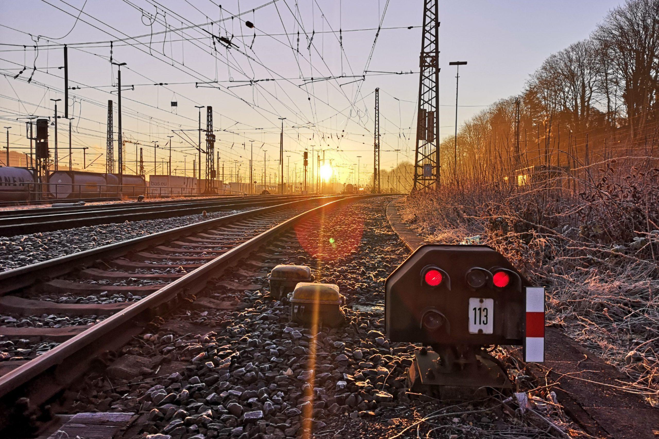 ©Foto: André Rosendahl | railmen | Gleis 113 am Güterbahnhof Aachen West in winterlicher Morgenstimmung